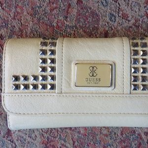 Guess pale yellow leather wallet, nwot